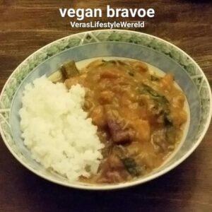 Power food - Opladen met veel groenten in veganistische bravoe